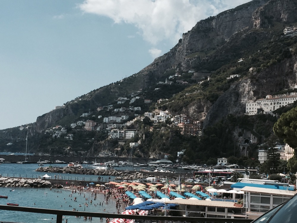 August and the Amalfi Coast Road - Hell (2/5)