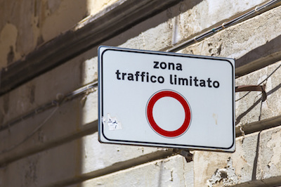 traffic-italy-sign